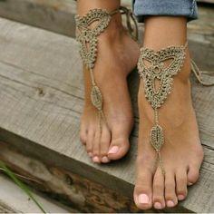 Украшение на ногу, вязаное крючком