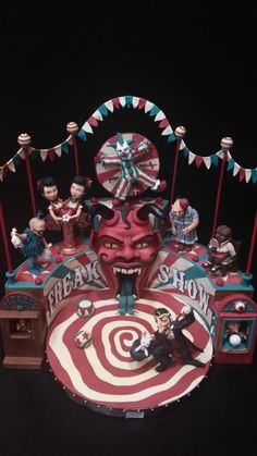 Freak Show - Cake by Delicut Cakes