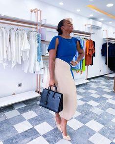 Nice Dresses, Dresses For Work, Corporate Style, Studio Interior, Classy Dress, Fashion Books, Fashion Studio, Asymmetrical Dress, Latest Fashion