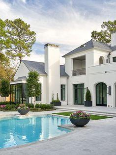 Dream Home Design, My Dream Home, Dream House Exterior, Indoor Outdoor Living, House Goals, Exterior Design, Future House, Beautiful Homes, House Styles