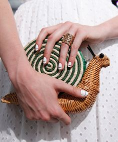 In the 1950's wicker purses or woven purses were really popular, like those made by the likes of Los Doradas. I am sure if you are a vintage lover like myself; you have come across these purs…