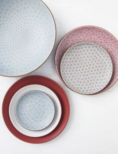 """Dinnerware: Each bowl, cup, and plate from the showstopping Alabama Chanin for Heath Ceramics collection is hand-etched in one of three patterns inspired by the stitching of Natalie Chanin's clothing line, and they're as hardworking as they are decorative. """"I adore the big serving bowl,"""" says the Florence-based designer. """"I make my biscuits in it."""" Pair with a linen runner for a dinner-party-ready table ( heathceramics.com). Photo Credit: Andrew Cebulka"""