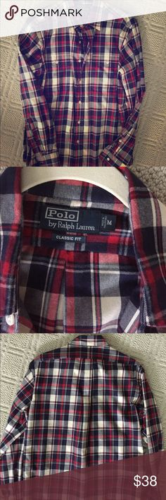 Men's Ralph Lauren Classic Fit button down in size medium. Like new! Ralph Lauren Tops Button Down Shirts
