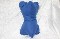 #Leseknochen #Kissen #Lesen #Rückenstütze #Reisen  Hier ein Exemplar der Kollektion Leseknochen und Rückenstützen: dieses Mal ein Exemplar  in royalblau, prall gefüllt mit ca. 250 g Füllung. Es...