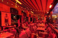 Spíler Shanghai http://spilerbp.hu/index_hu_sh.php | Terasz #budapest #design #bar #spílershanghai #restaurantdesign #IndoorFurniture #RestaurantFurniture #bistro #pub
