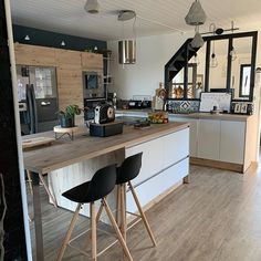 home kitchens small cabinets ~ home kitchens small Living Room Kitchen, Home Decor Kitchen, Home Kitchens, Small Bars For Home, Minimalist Home Furniture, Home Bar Rooms, Small Kitchen Cabinets, Kerala House Design, Cute Home Decor