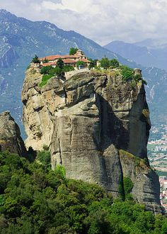 Did you Know that the 'Monastery of the Holy Trinity', Meteora (pictured) in Greece was featured in the 1981 James Bond film, For Your Eyes Only? Cayman Islands, Santorini, Places To Travel, Places To See, Places Around The World, Around The Worlds, Beautiful World, Beautiful Places, Places Worth Visiting