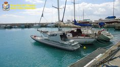 Barca a vela con migranti a bordo individuata davanti la costa di Riace