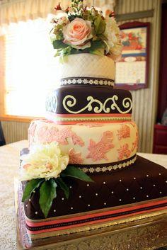 Chocolate / Vanilla Vintage Country Cake —  Mixed Shaped Wedding Cakes