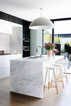 #homedesign #kitchendesign #kitchendesignideas Black Kitchens, Luxury Kitchens, Cool Kitchens, Kitchen Black, Modern Marble Kitchens, Contemporary Kitchens, Modern Kitchen Design, Interior Design Kitchen, Kitchen Designs