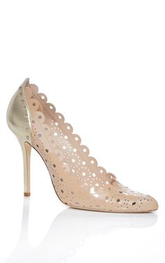 Oscar De La Renta Accessories Nude & Gold Bea Pump... a wearable classic even after the wedding