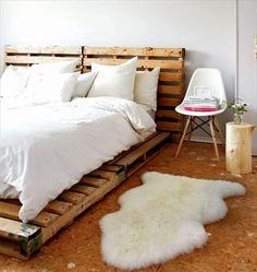 model pat rustic confectionat din paleti de lemn reciclati