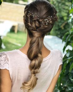 """Saray Peña Sojo on Instagram: """"Ponytail 🌸 Con @cocoluco_shop y @extensionmania #hairstyle #ponytail #peinados #makeup"""" Beauty Makeup, Hair Beauty, Bridal Hair, Hair Styles, Wedding, Inspiration, Color, Instagram, Fashion"""