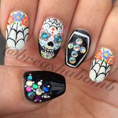There are 65 newest and creative halloween nail art designs Hope they can inspire you and read the article to get the gallery. Skull Nail Designs, Skull Nail Art, Halloween Nail Designs, Halloween Nail Art, Get Nails, Love Nails, Pretty Nails, Sugar Skull Nails, Sugar Skulls