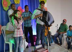 La Fundación Festival de Acordeoneros y Compositores inició con la entrega de herramientas.