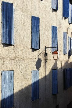 onat53:  Beaucaire, Provence, (France)by Tiberio Frascari on flickr