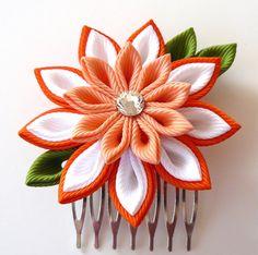 Kanzashi Fabric Flower hair comb . Orange kanzashi hair by JuLVa