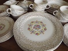 Pretty vintage dishes