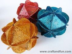 Christmas Ball with cereal boxe | Recyclart