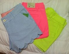 It's weird when you find your own pictures on different parts of the internet... I'm wearing the green ones right now!