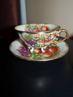 Vintage Royal Sealy Japan China Tea Cups. Perfect for a Tea Party