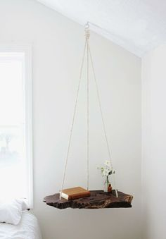 What a gorgeous idea! Refresh your garden or living room with DIY Hanging Table!The hanging table is not Diy Furniture Projects, Home Projects, Diy Projects For Bedroom, Unique Furniture, Craft Projects, Rustic Furniture, Furniture Design, Diy Home Furniture, Hanging Furniture