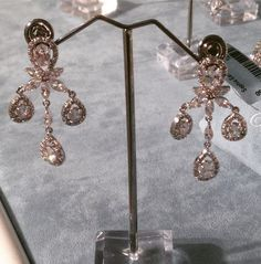 The Sophia Earrings will dance on your ears! #davidtuteraembellish #davidtutera #sophia #sale  https://www.davidtuteraembellish.com/collections/flash-sale/products/sophia-earrings