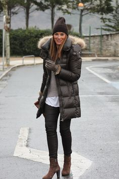 """52 Lovely Winter Dress Ideas For Teens Ideas The best method to explore new fashion and become dressed in the winter season is to receive practical animal prints […]""""}, """"http_status"""": window. Fall Winter Outfits, Winter Wear, Autumn Winter Fashion, Casual Winter, Winter Style, Best Winter Jackets, Winter Coats Women, Outfit Invierno, Western Dresses"""