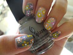 Hippie floral nails.