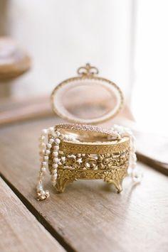such a sweet little trinket box!