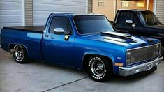 Love the stance and look Custom Chevy Trucks, C10 Trucks, Chevy Pickup Trucks, Chevy C10, Chevy Pickups, Chevrolet Trucks, Lowrider Trucks, Dropped Trucks, Lowered Trucks