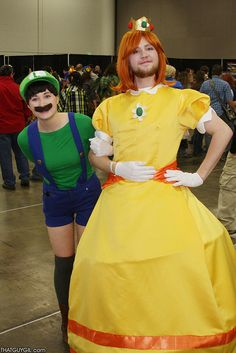 Luigi and Daisy #Mario | Salt Lake Comic Con #FanX15