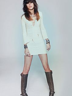 Knitted tunic dress w/bell sleeves. Want this models hairstyle... sans bangs covering my eyes.