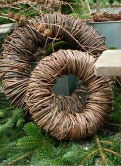 nice base for seasonal wreaths