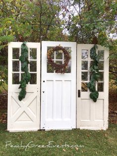 Vintage Door Backdrop Event Photos, Furnitures, Backdrops, This Is Us, Outdoor Structures, Rustic, Green, Outdoor Decor, Holiday