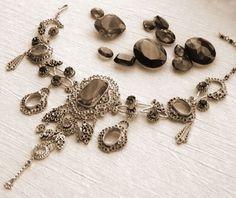 emty Necklace of Empress Sissi