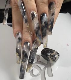 Let's check our most stylish coffin nail library together, and in 2020 we will discover more fashionable coffin nail ideas together. Bling Acrylic Nails, Best Acrylic Nails, Bling Nails, Long Square Acrylic Nails, Gel Nails, Cute Acrylic Nail Designs, Long Nail Designs, Black Nail Designs, Nail Swag