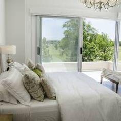 dormitorio principal: Dormitorios de estilo Moderno por Parrado Arquitectura
