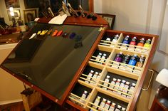 Mike Butkus I don't know who Mike Butkus is, but I want his palette!!!!  This is an awesome thing, where can I get it???
