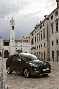 Peugeot 3008 - sensible choice, driven it for a car hire, actually really nice