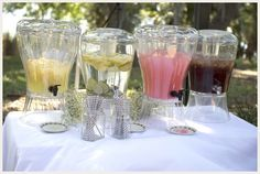 budget-backyard-wedding_ Love the theme and how cheap it was but how classy it all looks
