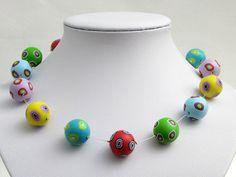 Pünktchen handgefertigte Kette aus Polymer Clay  von polymerdesign