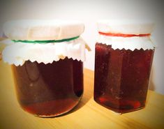 """""""Happiness is like jam. You can't spread even a little without getting some on yourself"""" – Anon. How to make lily pilly jam. Jam Recipes, Cooking Recipes, Australian Organic, Homemade Sauce, Taste Buds, Spreads, Preserves, Jelly, Sauces"""