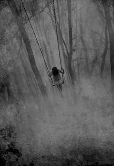 Solitude in the Fog Scary, Creepy, Illustration Arte, Robert Frank, Arte Horror, Dark Photography, Art Plastique, Macabre, Dark Art