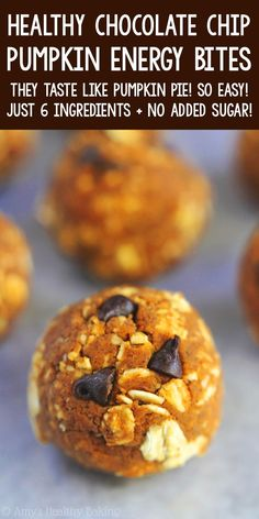 Healthy Pumpkin Chocolate Chip Energy Bites – a healthy snack version of the cookies! Only 6 ingredients & almost 10g protein! SO easy & good! ♡ skinny gluten free pumpkin energy balls. nut free vegan pumpkin energy balls. best easy pumpkin protein bites snacks. Healthy Baking, Healthy Sweets, Healthy Snacks, Healthy Pumpkin Desserts, Vegan Protein Snacks, Nut Free Snacks, Snacks Recipes, Keto Snacks, Healthy Recipes