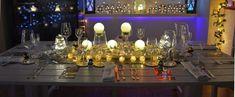 Jak správně složit ubrousky na štědrovečerní tabuli? ( inspirace) Christmas Eve Dinner, Why Christmas, Holiday Fun, Holiday Decor, Merry Christmas, Modern Interior, Home Interior Design, Modern Decor, Modern Table