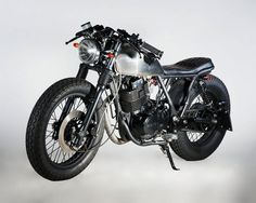Gorgeously Simple - Pocket Friendly Sub $1k #Suzuki #GN400 #motorcycle