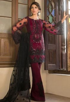 Zainab Chottani Luxury Embroidered Net Master Replica 2019 Fabric: Net Embroidered Fornt Embroidered Back Embroidered Left And Right Panels Embroidered Sleeves Embroidered Net Dupatta Malai Trouser With Embroidered Patches Pakistani Party Wear Dresses, Bollywood Dress, Party Wear Lehenga, Gala Dresses, Pakistani Outfits, Indian Outfits, Indian Clothes, Couture Dresses, Dress Indian Style