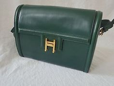HERMES-vintage-leather-handbag-with-gold-colored-H-clasp-number-489-circa-1950s