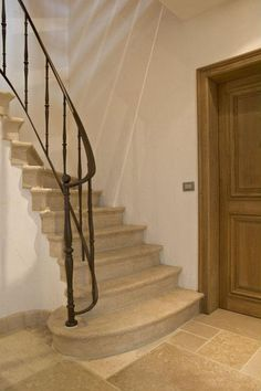 Bourgondisch Kruis - Realisations - Entrance Hall Exterior Stair Railing, Iron Stair Railing, Banisters, Railings, Marble Stairs, Stone Stairs, Stairs In Living Room, Hardwood Stairs, Space Architecture